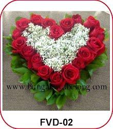 bunga valentine bentuk hati merah putih