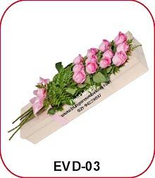 bunga valentine mawar pink 10 tangkai dalam kotak