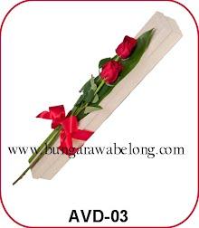 bunga valentine 2 tangkai dalam kotak