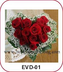 bunga valentine bentuk hati 10 tangkai